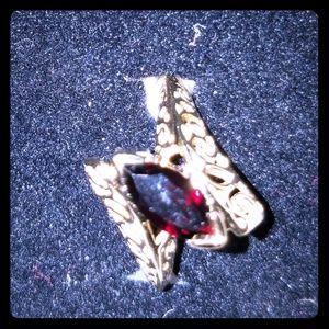 Jewelry - Genuine Garnett Ring